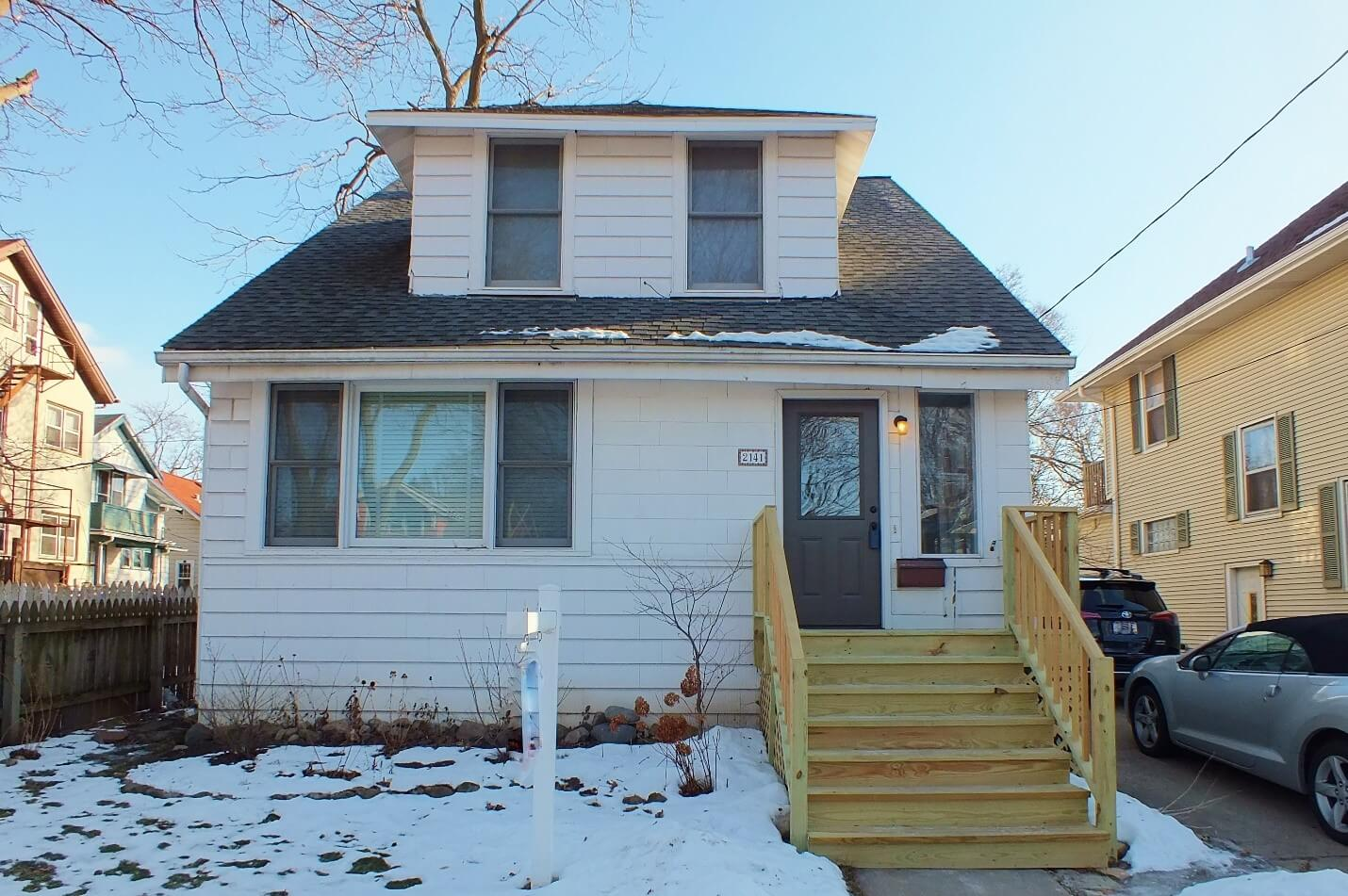 2141 E. Mifflin St., Madison, WI – Sold by Alvarado Real Estate Group